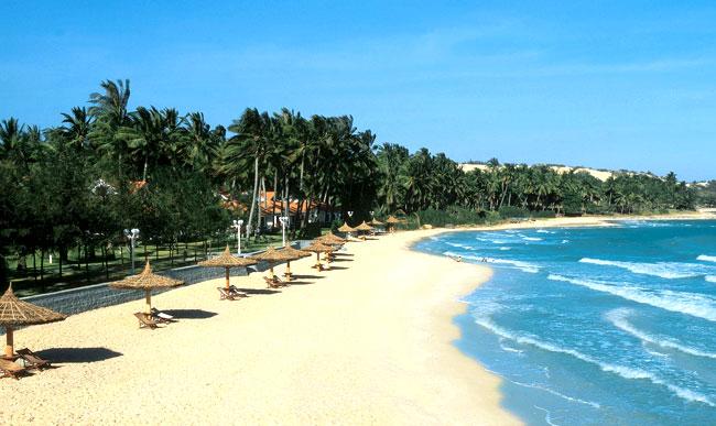 Mỹ khê một trong những bãi biển đẹp nhất Việt Nam