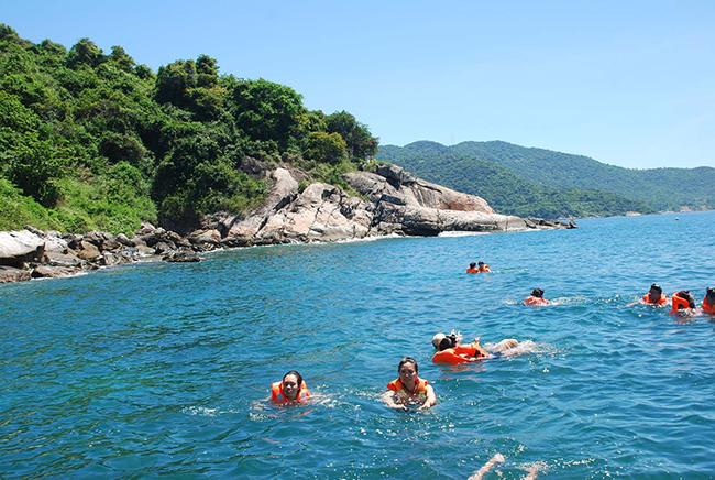 Du lịch đảo hòn mun - Nha Trang