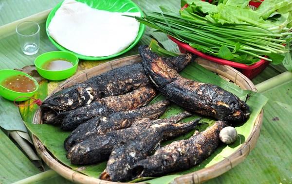 Cá lóc nướng trui đặc sản An Giang