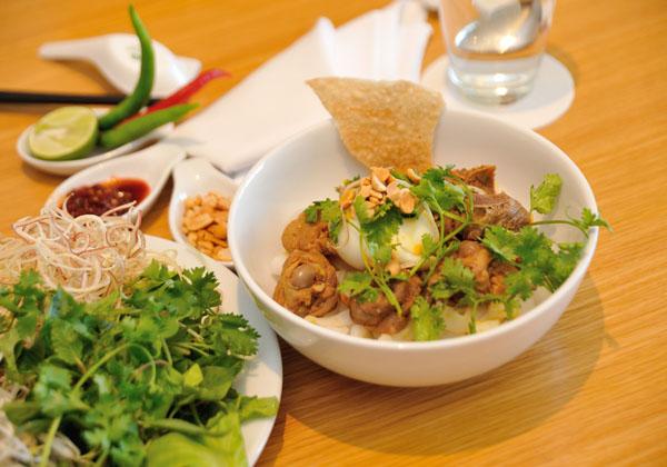 Mì quảng món ăn ngon đặc sản Đà Nẵng
