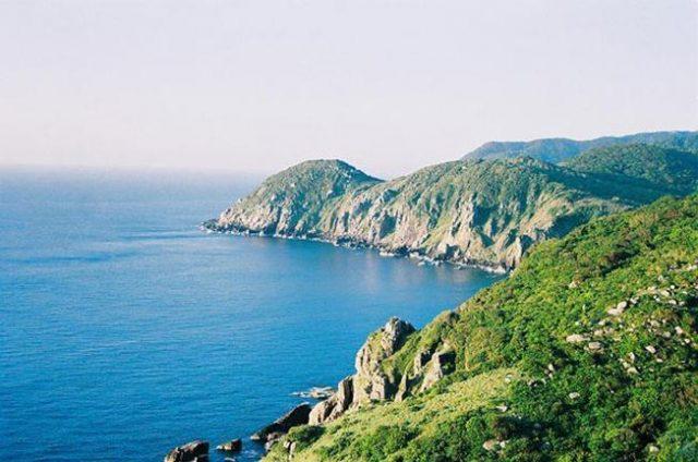 Khám phá vẻ đẹp thiên nhiên Vịnh Vân phong