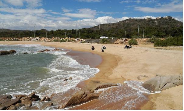 Khám phá vẻ đẹp hoang sơ của bãi biển suối ô Vũng Tàu