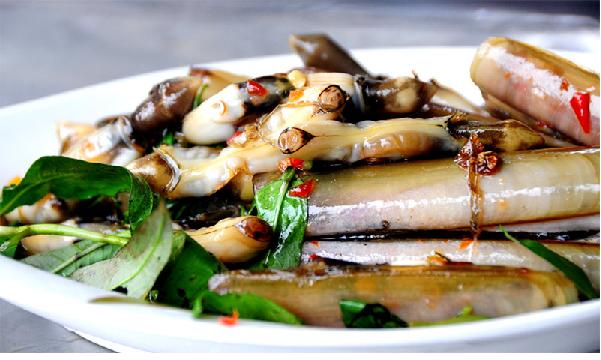 Ốc móng tay xào tỏi món ngon hấp dẫn vùng biển Quảng Ninh