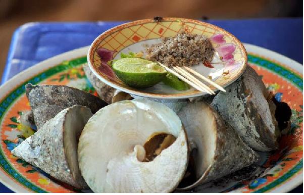 Ốc Vú nàng hấp món ăn ngon vùng biển Côn Đảo