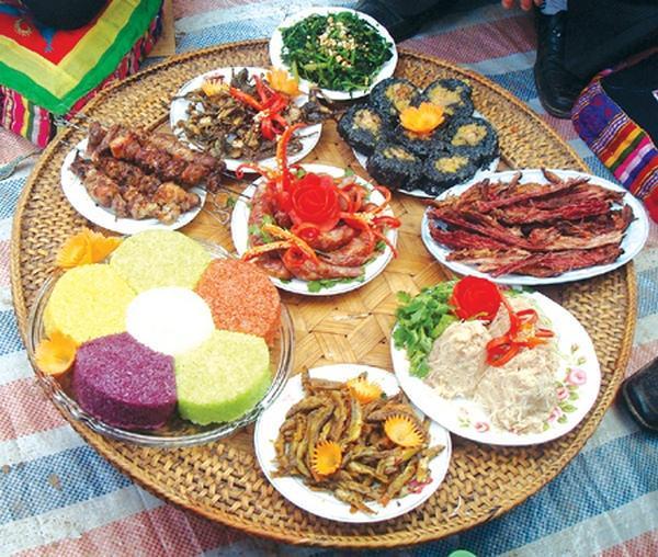 Những món ăn ngon đặc sản tại khu du lịch Hồ Núi Cốc Thái NGuyên
