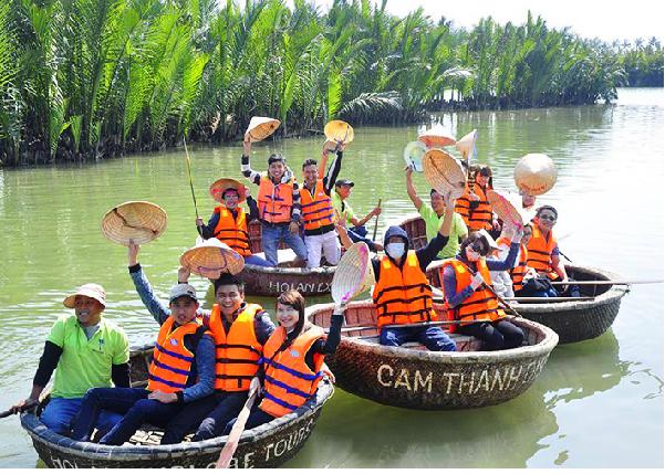 Khám phá rừng dừa 7 mẫu điểm du lịch hấp dẫn