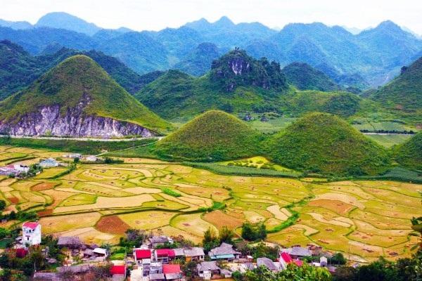 Ngắm trọn bức tranh thiên nhiên của Thung Lũng Sủng Là Hà Giang