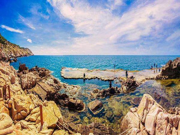 Phượt Hang Rái - Ninh Thuận chiêm ngưỡng mỏm đá tuyệt đẹp