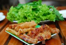 Nem nướng Ninh Hòa món ngon hấp dẫn ở Nha Trang