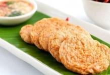 Đặc sản Nha Trang nổi tiếng - Chả cá