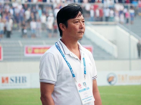 HLV Lê Huỳnh Đức tố HAGL chơi xấu,cáo buộc trọng tài thiên vị