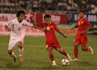 Bóng đá Việt Nam 23/6: Hà Nội FCtrói chân trụ cột tới năm 2022