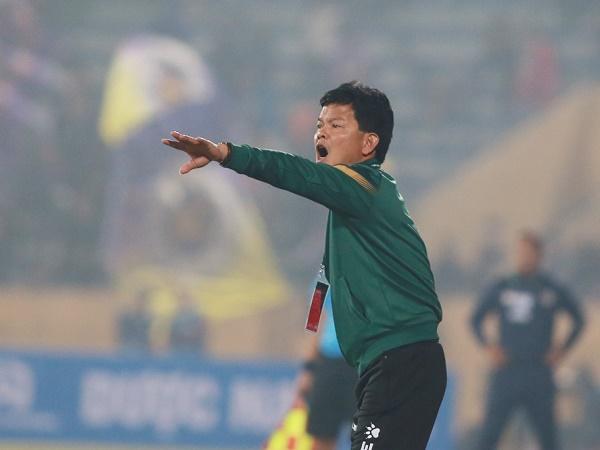 Bóng đá Việt Nam 22/1: HLV Nam Định ủng hộ án phạt dành cho học trò