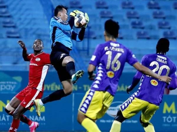 Bóng đá Việt Nam 23/2: Cầu thủ V-League hạn chế tiếp xúc khi ăn mừng