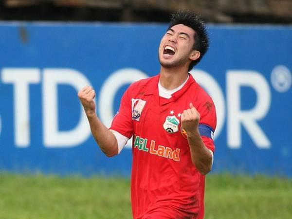 Tin bóng đá VN 16/3: Lee Nguyễn, thấy gì sau con số 163?