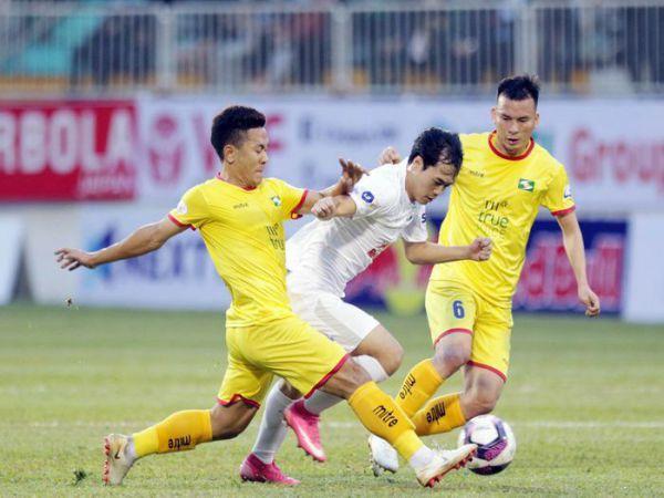 Tin bóng đá VN tối 15/3: Văn Toàn thừa nhận HAGL thắng may mắn