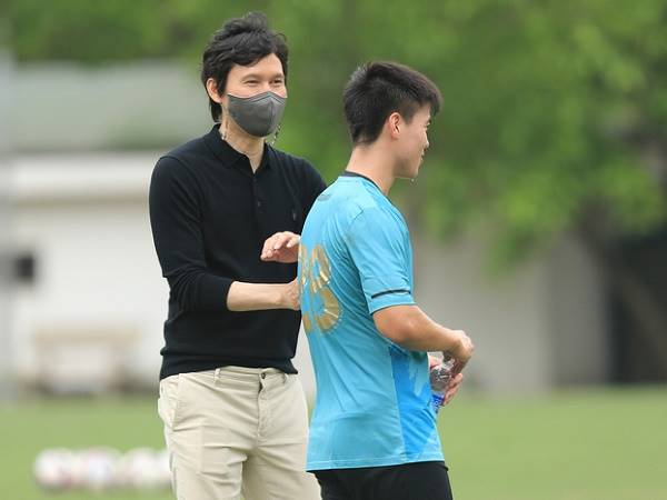 Bóng đá Việt Nam 23/4: Tân HLV Hà Nội yêu cầu mua thêm cầu thủ