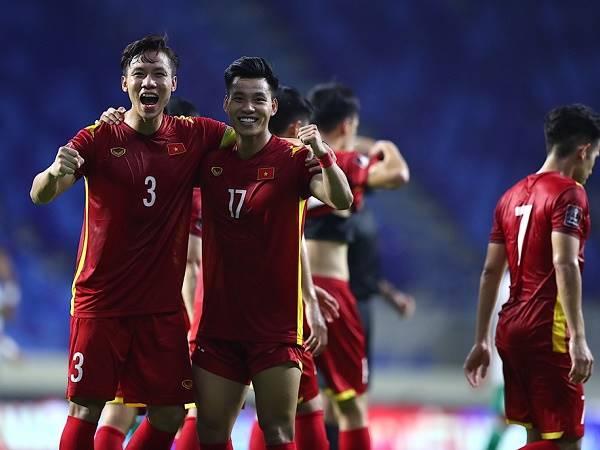 Bóng đá Việt Nam 10/6: Tuyển Việt Nam quyết thắng Malaysia